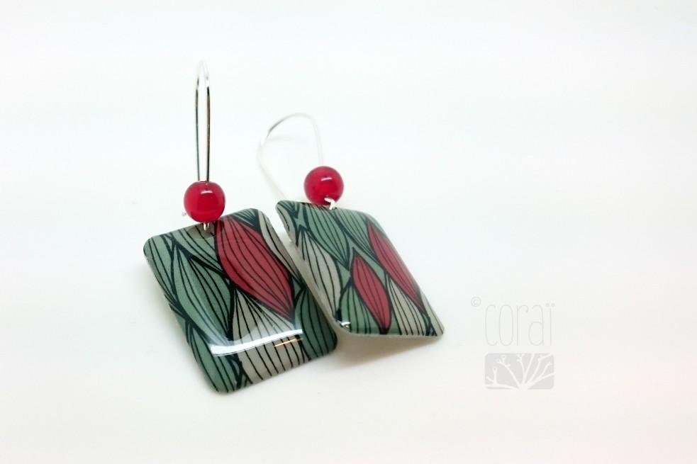 Boucles d'oreilles Dans les feuillages, rouge et vert